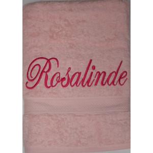 Badhanddoek roze met Rosalinde geborduurd