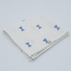 zakdoek wit strik blauw